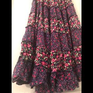 Dresses & Skirts - Vintage gypsy skirt